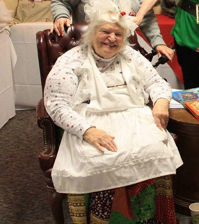 One of Noble's star Volunteers Nina Mathus playing Mrs. Claus for our residents!
